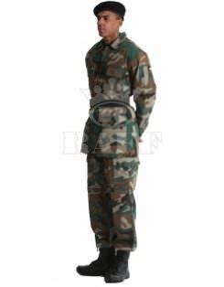 Vêtements du Soldat / 1011